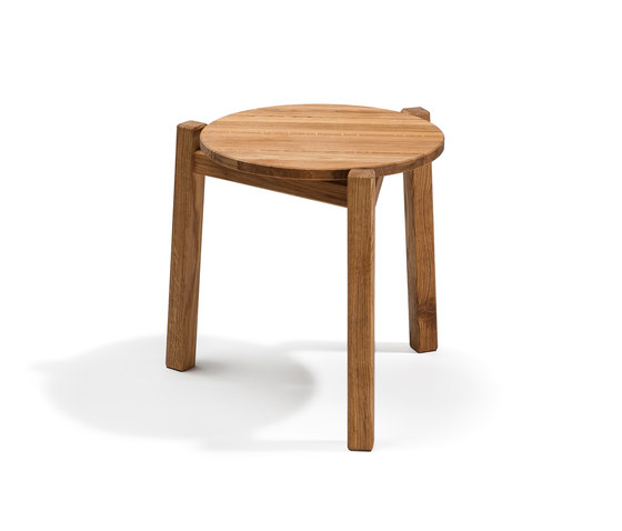 Djurö small lounge table de Skargaarden | Tables d'appoint de jardin