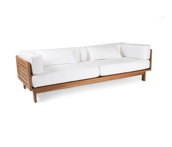 Falsterbo three seater sofa by Skargaarden | Garden sofas