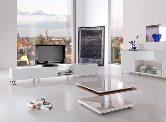 Wall by die Collection | Multimedia sideboards