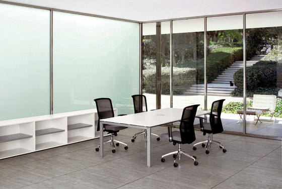 Cartesio meeting table by Faram | Meeting room tables