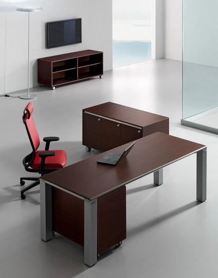 FD205 desk by Faram 1957   Desks