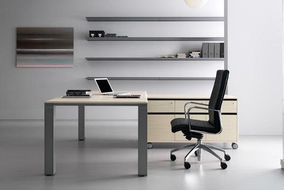 FD205 desk by Faram 1957 S.p.A. | Individual desks