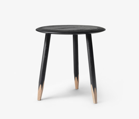 Hoof Lounge SW1 by &TRADITION | Side tables
