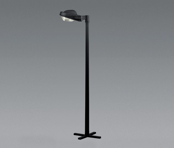Felsina pole by Artemide Outdoor | Street lights