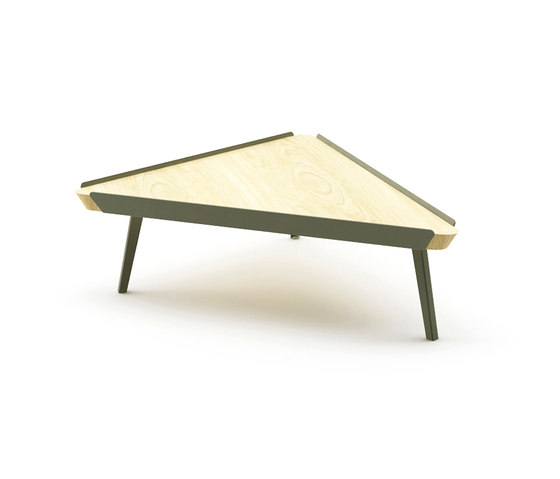 Edgar Triangle Coffee Table de Nurus | Tables basses