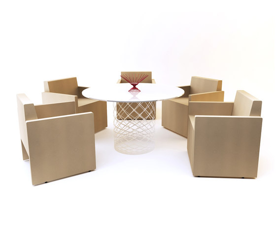 Brooklyn Meeting Table by Nurus | Conference tables