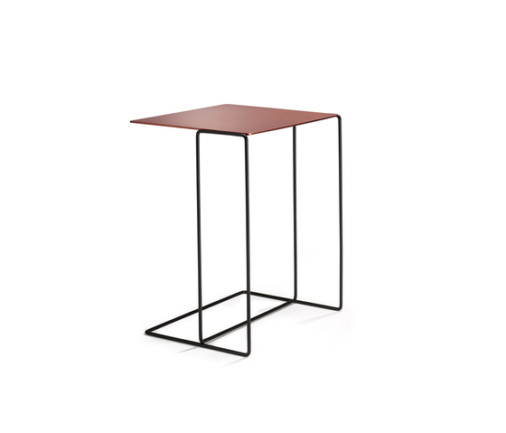 Oki occasional table de Walter Knoll | Tables d'appoint