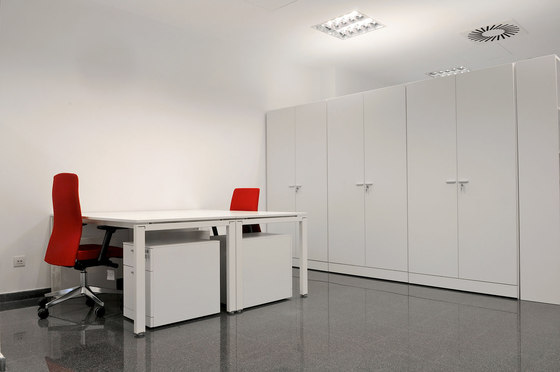 Tabique Armario by Faram   Space dividing storage