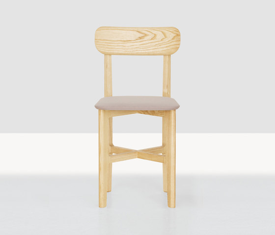 1.3 Chair by Zeitraum | Restaurant chairs