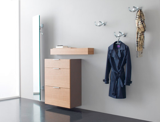 Sento + Select  Garderobenhaken S4 by Sudbrock | Built-in wardrobes