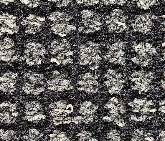 Stina Cloudy Grey 5007-55 de Kasthall | Tapis / Tapis design