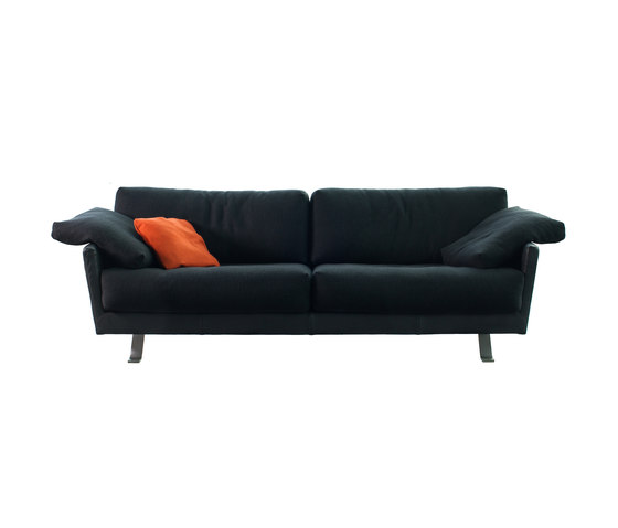 Valdivia couch by Label | Sofas