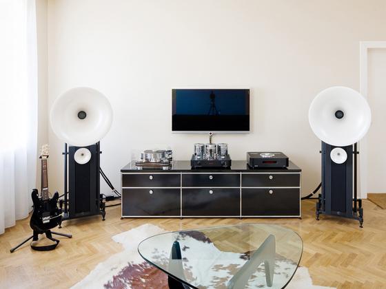 usm haller media von usm 1 2 3 4 produkt. Black Bedroom Furniture Sets. Home Design Ideas
