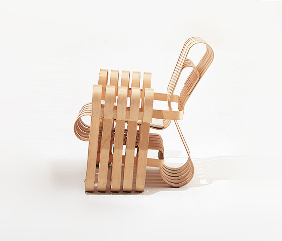 Gehry Power Play Club Chair by Knoll International | Lounge chairs