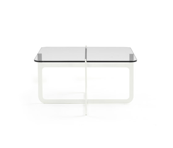Clip Side Table Low von Discipline | Couchtische