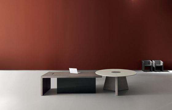 Kyo 04 by Martex | Executive desks