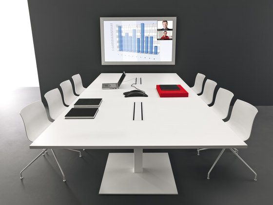 Work Up Meeting by Martex | Conference tables