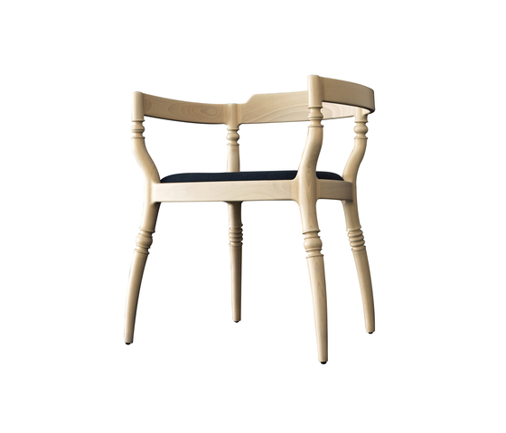 Fuga chair with armrests by Billiani | Restaurant chairs