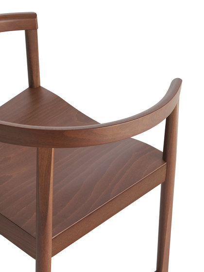 Nordica chair with armrests by Billiani | Restaurant chairs
