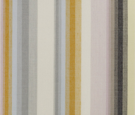 Timeless S/M/L 529 by Kvadrat | Curtain fabrics