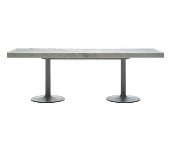 LC11-P by Cassina | Dining tables