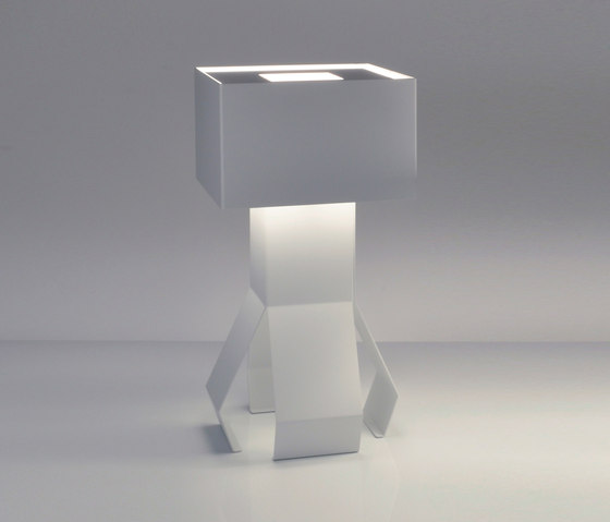 Mascolino T - Table lamp by Bernd Unrecht lights | General lighting