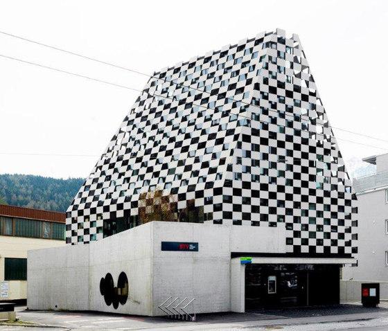 Bank BTV Mitterweg by Rieder | Facade design