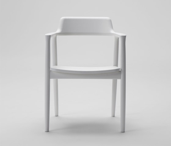 Hiroshima Arm Chair High (Wooden Seat) von MARUNI | Restaurantstühle