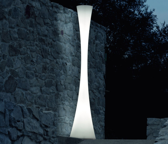 Biconica Pol Outdoor* by martinelli luce | LED lights