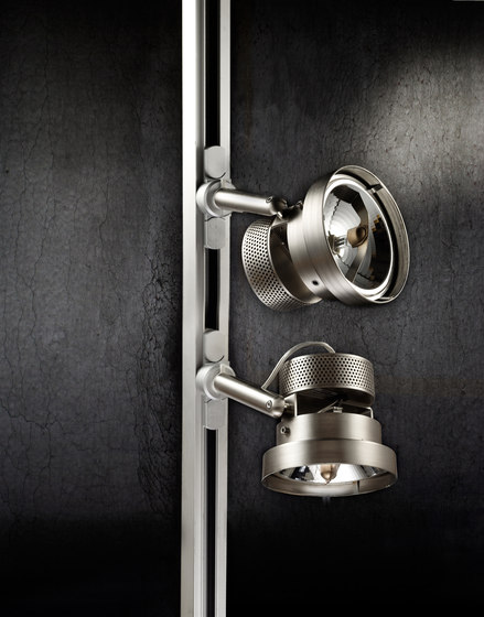 S 2023B by stglicht | Track lighting