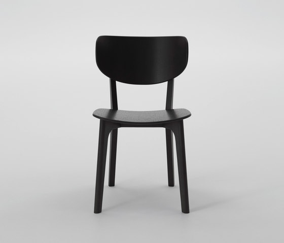 Roundish Armless Chair (Wooden seat) di MARUNI | Sedie ristorante