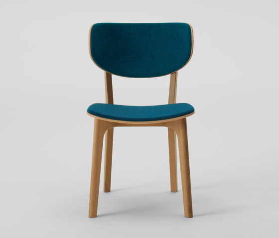 Roundish Armless Chair (Cushioned) de MARUNI | Chaises de restaurant