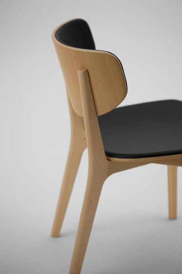 Roundish Armless Chair by MARUNI | Restaurant chairs