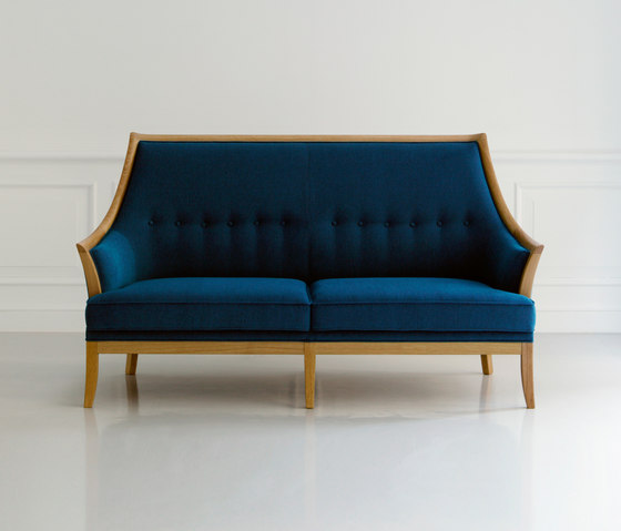 Traditional Two Seater Sofa de MARUNI | Sofás lounge
