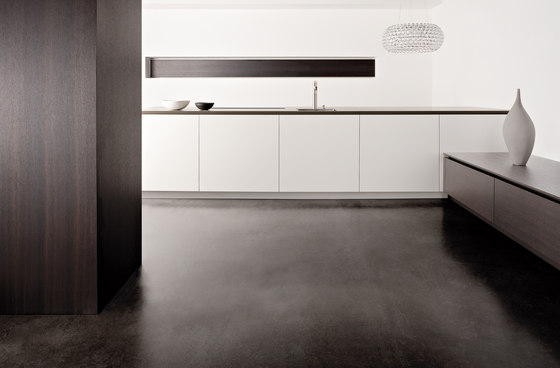 Matt Laquer by eggersmann | Island kitchens