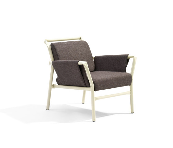 Superkink armchair by Blå Station | Lounge chairs