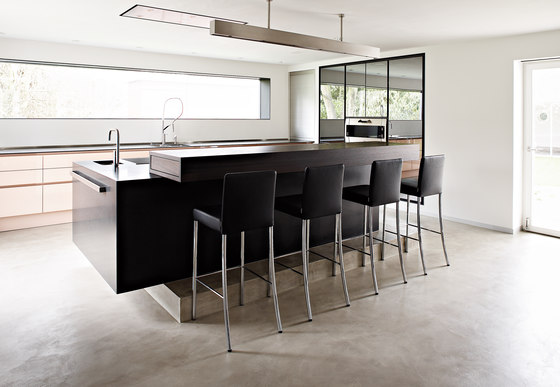 Villa Regensburg by eggersmann | Island kitchens