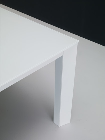 X-Tend 100 by Aico Design | Dining tables