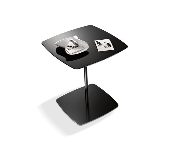 Anemone by Tonelli | Side tables