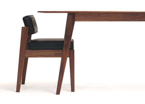 Acorn II Dining Chair de Bark | Chaises
