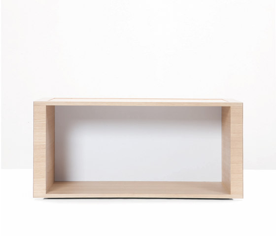 Motley Stackable Shelf di Wildspirit | Moduli libreria