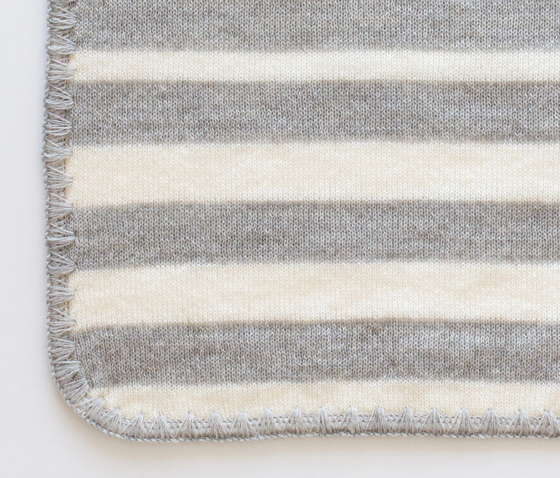 Flow Striped by Agnès Bernet | Plaids / Blankets