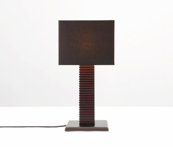 Joint Table Lamp de Wildspirit | Iluminación general
