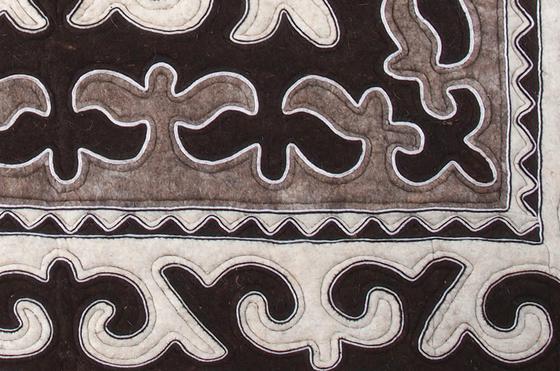 Bülüs by feelfelt | Rugs / Designer rugs