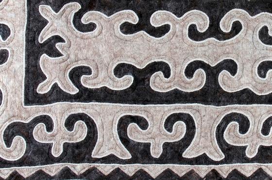 Klinasch by feelfelt | Rugs / Designer rugs