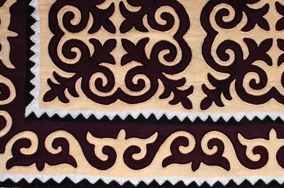 Kürdel by feelfelt   Rugs / Designer rugs