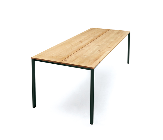LESS IS MORE TABLE de dk3 | Tables de restaurant