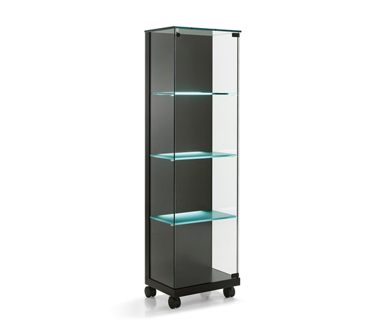 Medora by Tonelli | Display cabinets