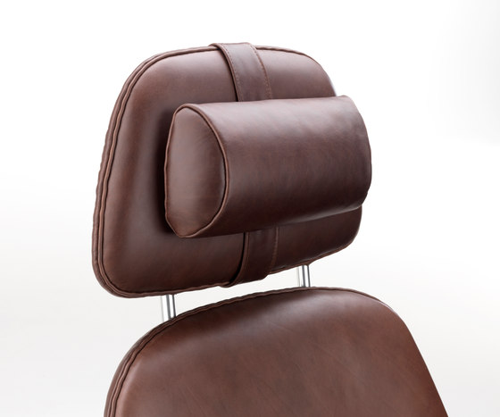 Concord Armchair with neck rest by Stouby | Lounge chairs