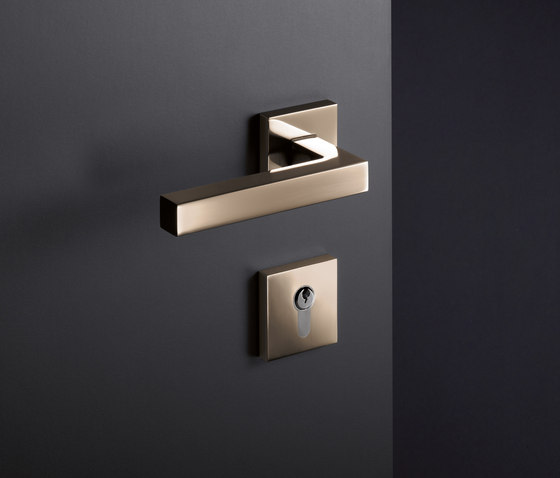 Door fitting by HEWI | Handle sets